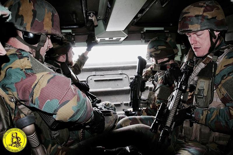 Armée Belge / Defensie van België / Belgian Army  - Page 10 7027