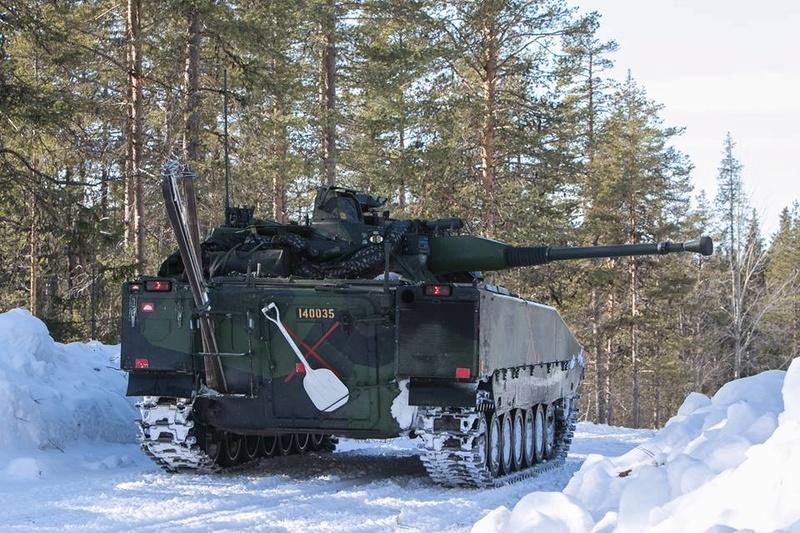 Swedish Armed Forces/Försvarsmakten - Page 12 7128