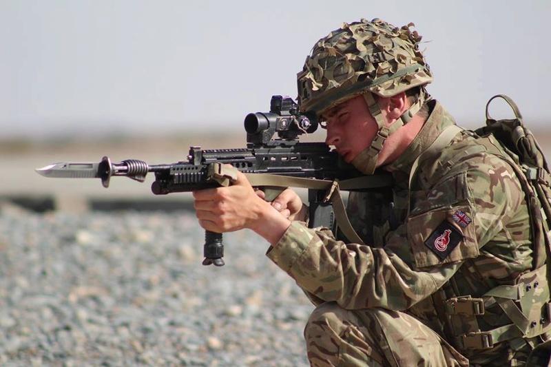 Armée Britannique/British Armed Forces - Page 4 7218