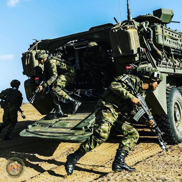 Armée Colombienne / Military Forces of Colombia / Fuerzas Militares de Colombia - Page 14 7225