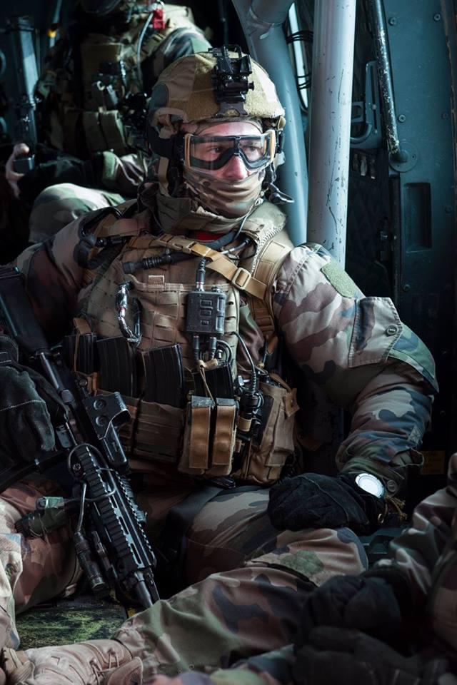 Armée Française / French Armed Forces - Page 38 7317