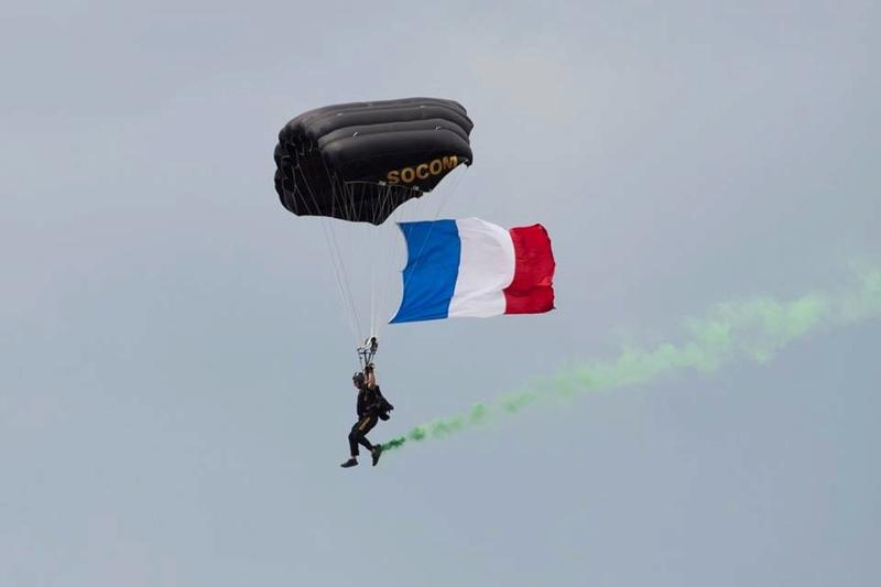 La Patrouille de France  - Page 2 7914