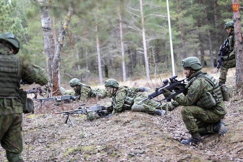 Armée lituanienne/Lithuanian Armed Forces - Page 5 8540
