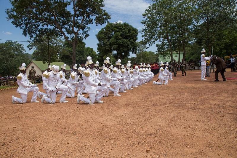 Armées de la République centrafricaine  - Page 3 8829