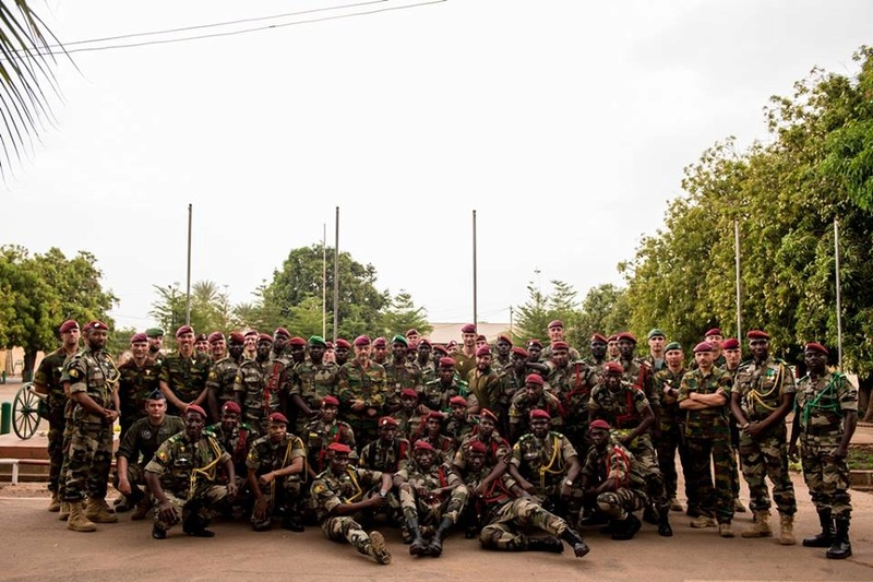 Armée Malienne / Armed and Security Forces of Mali - Page 14 8910