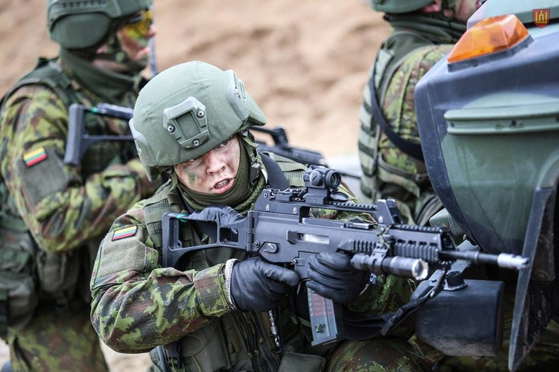 Armée lituanienne/Lithuanian Armed Forces - Page 5 8924