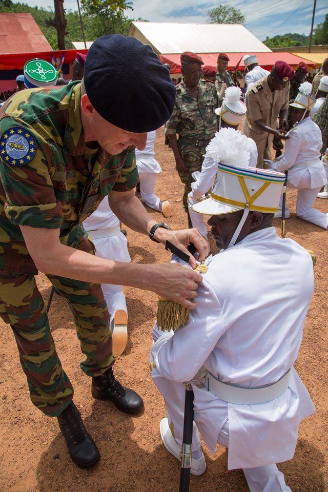 Armées de la République centrafricaine  - Page 3 9120