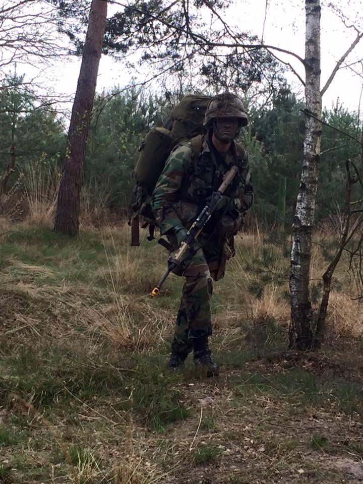 Armée Hollandaise/Armed forces of the Netherlands/Nederlandse krijgsmacht - Page 20 9313