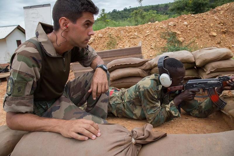 Armées de la République centrafricaine  - Page 3 9336