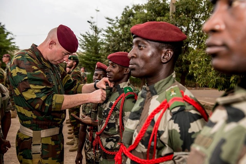 Armée Malienne / Armed and Security Forces of Mali - Page 14 9410