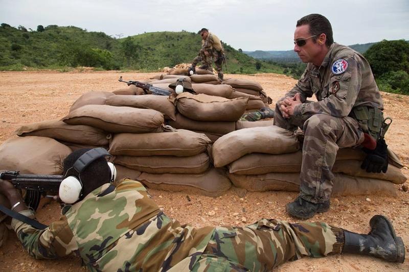 Armées de la République centrafricaine  - Page 3 9430