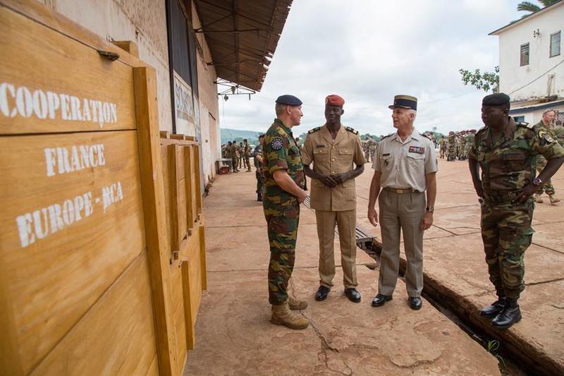 Armées de la République centrafricaine  - Page 3 9528