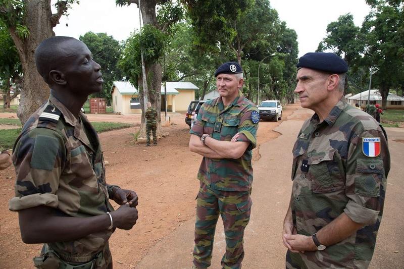 Armées de la République centrafricaine  - Page 3 9622