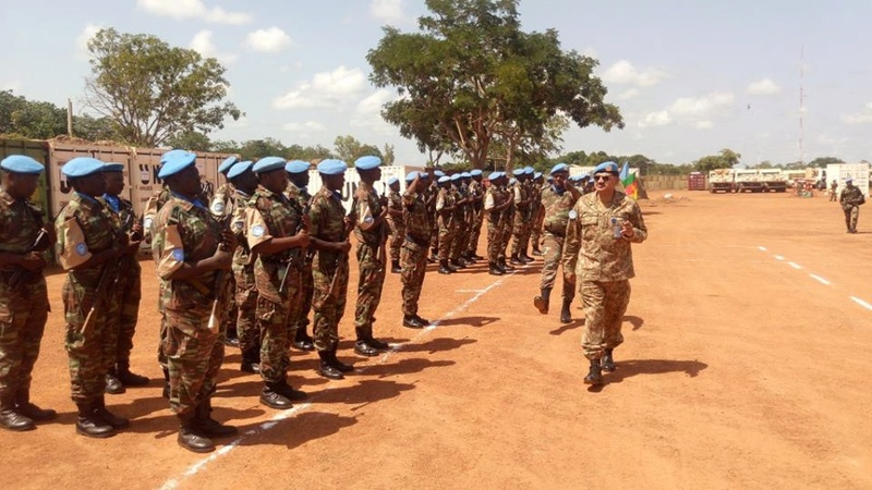 Forces Armées Camerounaises - Page 5 9872