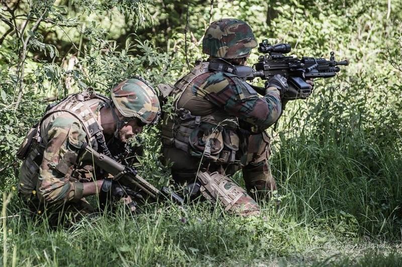 Armée Belge / Defensie van België / Belgian Army  - Page 11 98c37