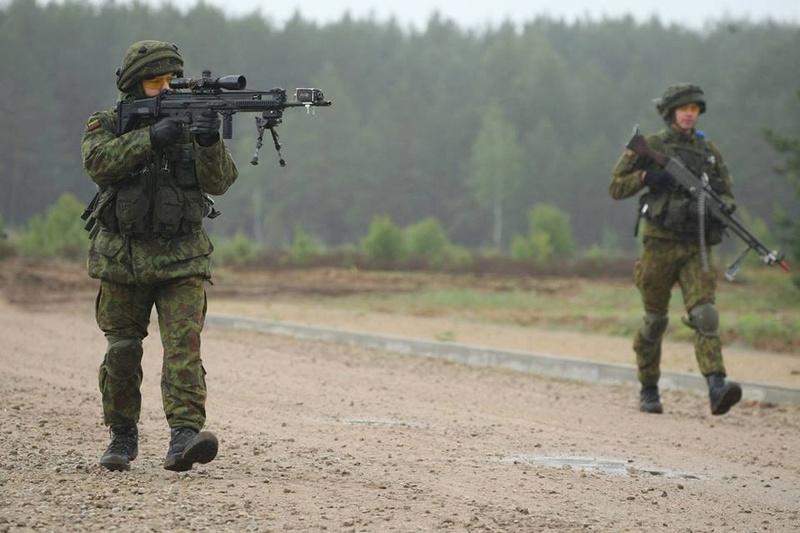 Armée lituanienne/Lithuanian Armed Forces - Page 5 98c46