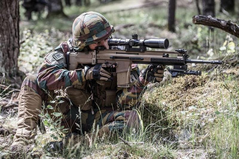 Armée Belge / Defensie van België / Belgian Army  - Page 11 98d38