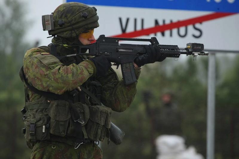 Armée lituanienne/Lithuanian Armed Forces - Page 5 98d43