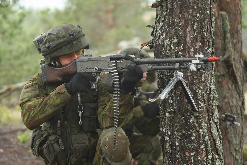 Armée lituanienne/Lithuanian Armed Forces - Page 5 98e37