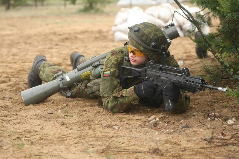 Armée lituanienne/Lithuanian Armed Forces - Page 5 98h21