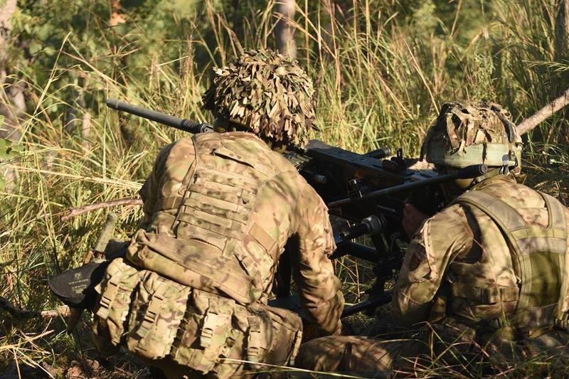 Armée Britannique/British Armed Forces - Page 5 99a10
