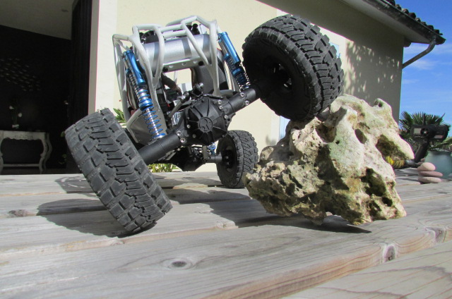 a supprimer, merci... finalement non ! Scale Jeep (édit soyann) Img_0331