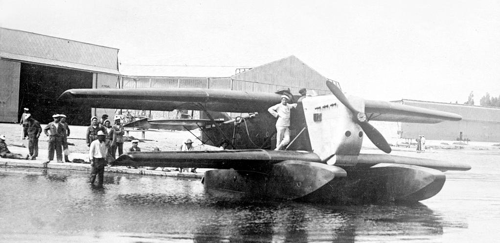 [ Aéronavale divers ] Quel est cet aéronef ? - Page 30 Navion10