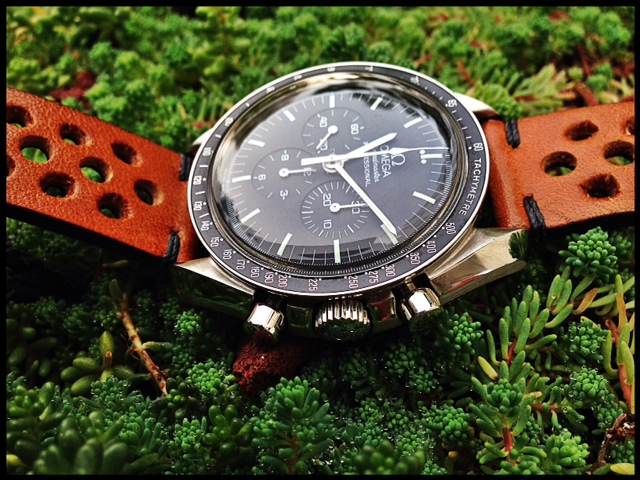 Omega Speedmaster 39mm Image-11