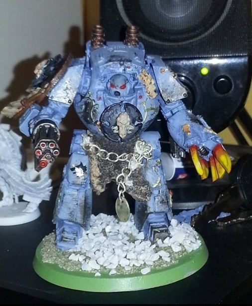 Mes figs : Space Wolves. - Page 11 Ygris10
