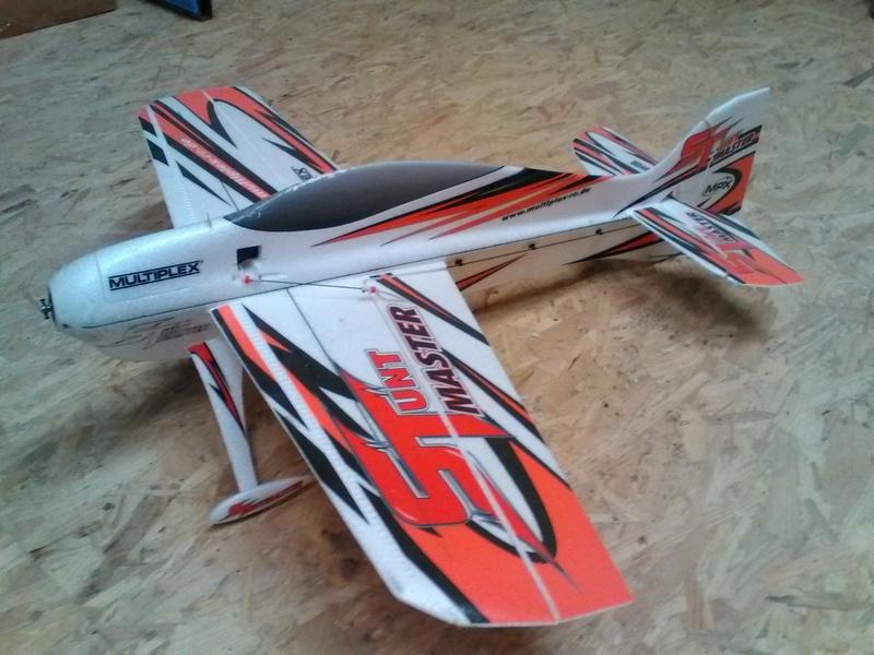 VENDU   Stuntmaster MPX avion 2017-016