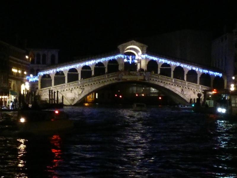 Voici quelques photos du carnaval de Venise 2014 Dsc_1014