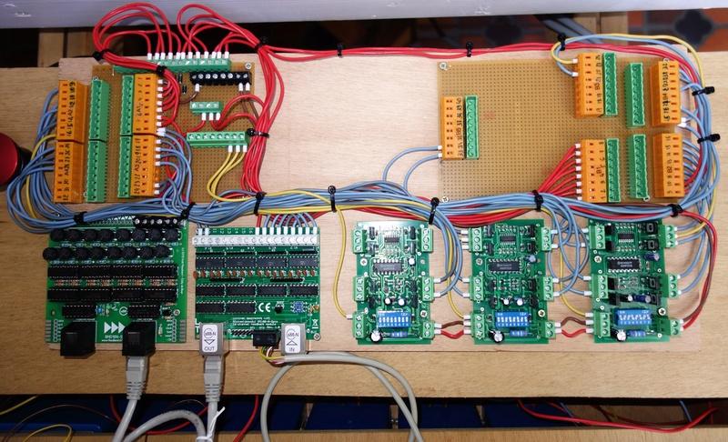 Projet de réseau pour vitrine - Page 27 Dsc00012