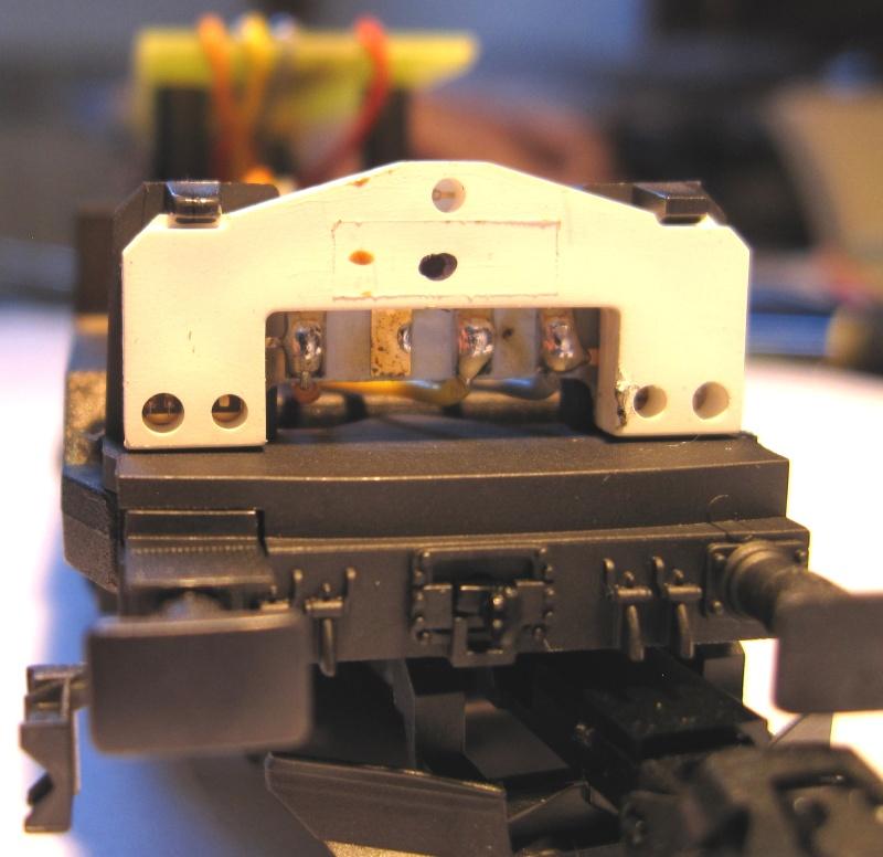 Amélioration du câblage du kit Märklin 60760 sur Re 460 Img_0128