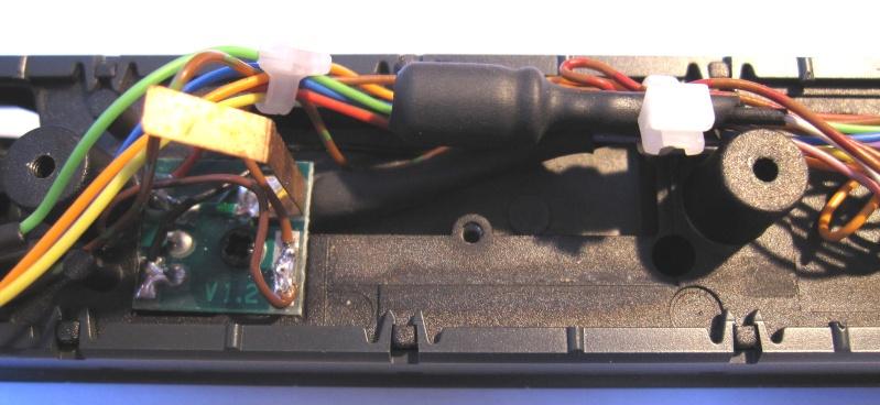Amélioration du câblage du kit Märklin 60760 sur Re 460 Img_0338