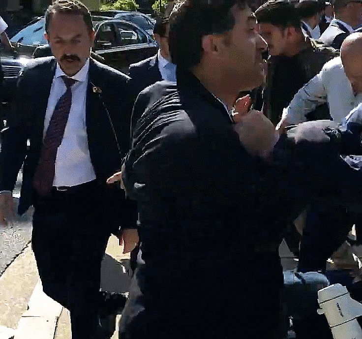 TURQUIE : Economie, politique, diplomatie... - Page 18 Earpie10