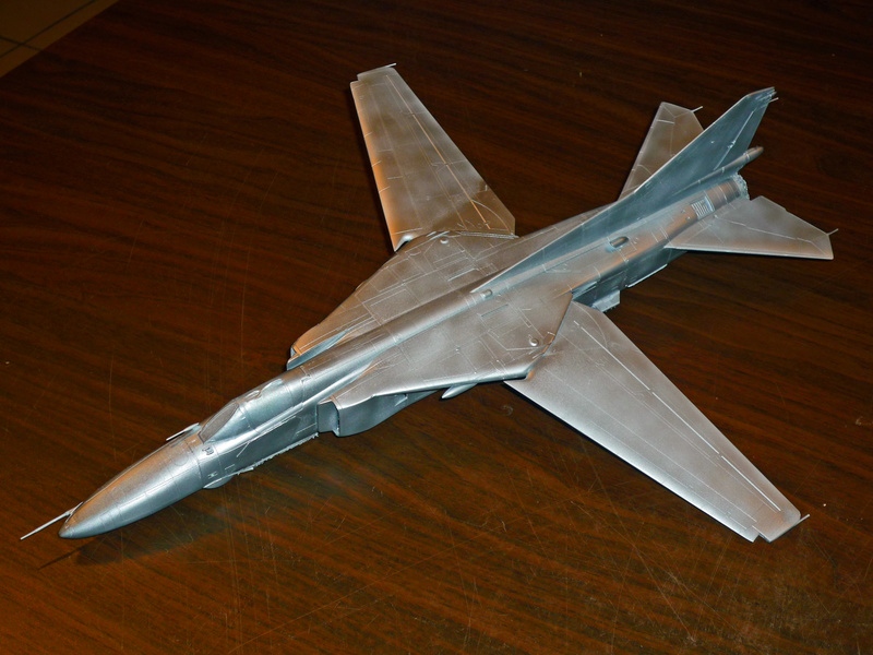 """MiG-27 """"Flogger-D""""; Trumpeter 1/48 - Page 2 P1100113"""