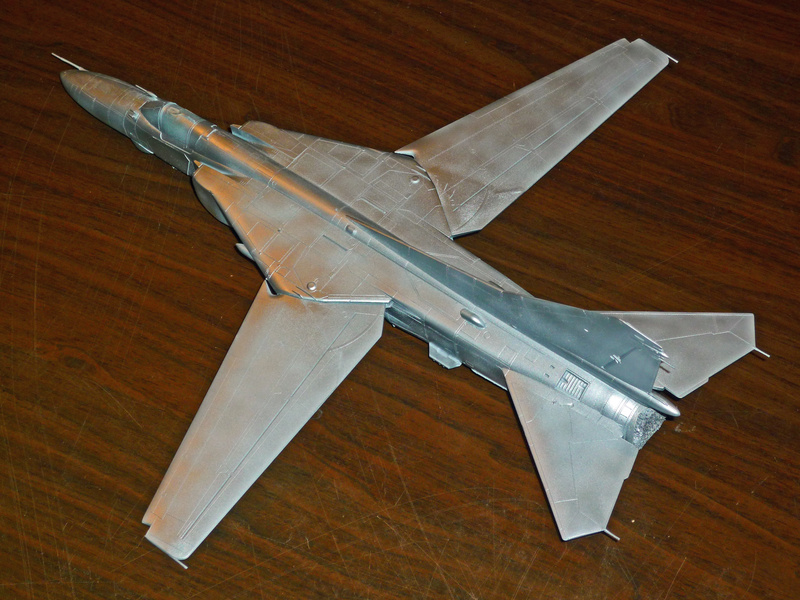 """MiG-27 """"Flogger-D""""; Trumpeter 1/48 - Page 2 P1100114"""