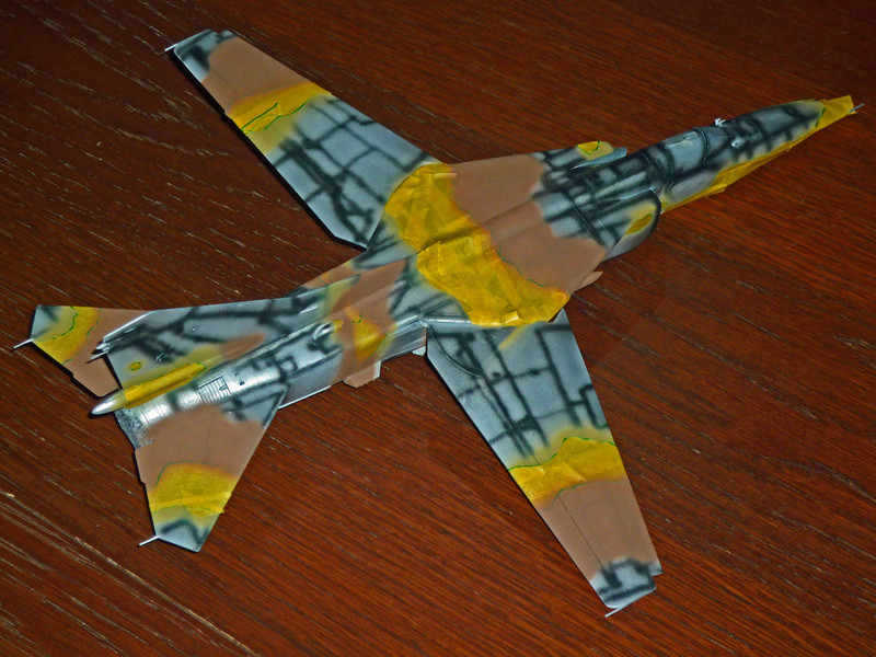 """MiG-27 """"Flogger-D""""; Trumpeter 1/48 - Page 2 P1100116"""