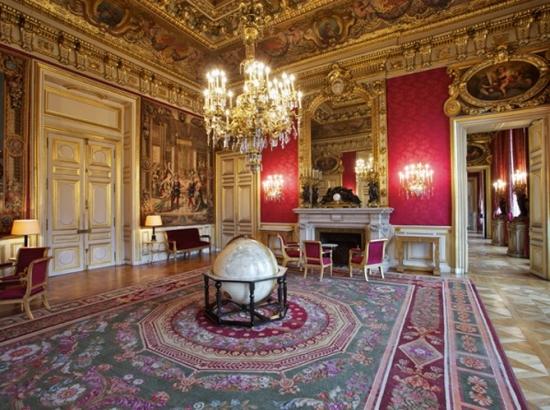 Visite d'Etat de Son Excellence M. Jean-Christophe Mariani, Président de la République de Francovie 0de8fe10
