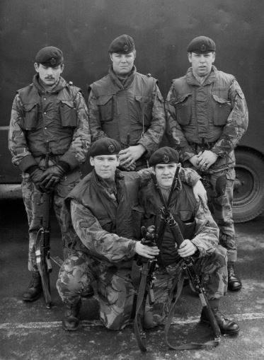 Derry. 1976... Captu481