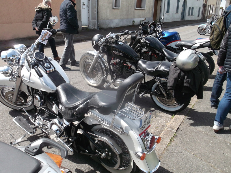 2ème Rassemblement American Legend , voitures et motos anciennes à LORMAYE 28.  Dscf6422