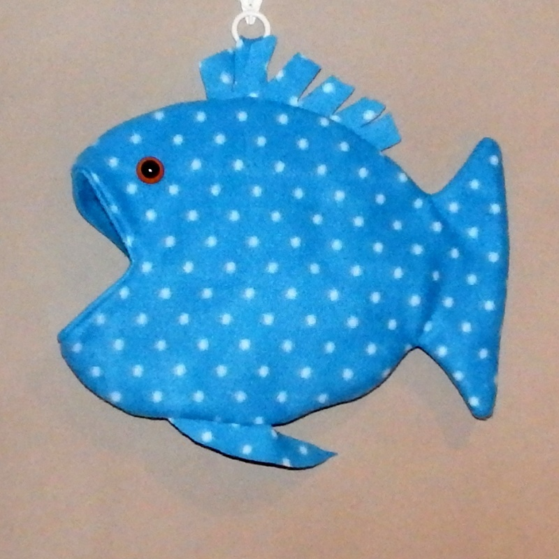 Fish pouches in stock NOW Fish_p11