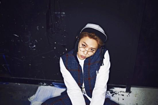Yong Junhyung (B2ST) - Flower [solo debut][MV][Album] Junhyu12