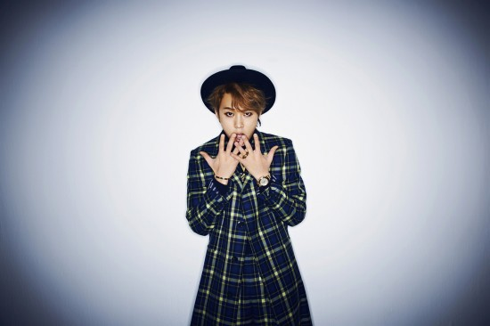 Yong Junhyung (B2ST) - Flower [solo debut][MV][Album] Junhyu13