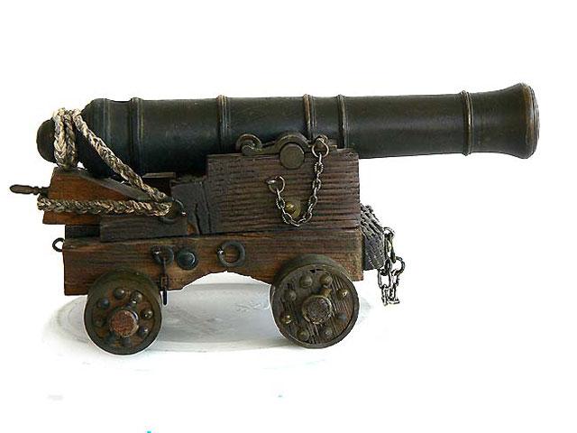 pirates sur pont de navire (peinture du décor fini) Cannon10