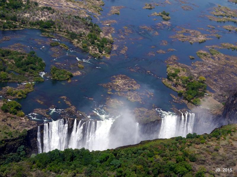 Les Chutes Victoria, au Zimbabwe P1060910
