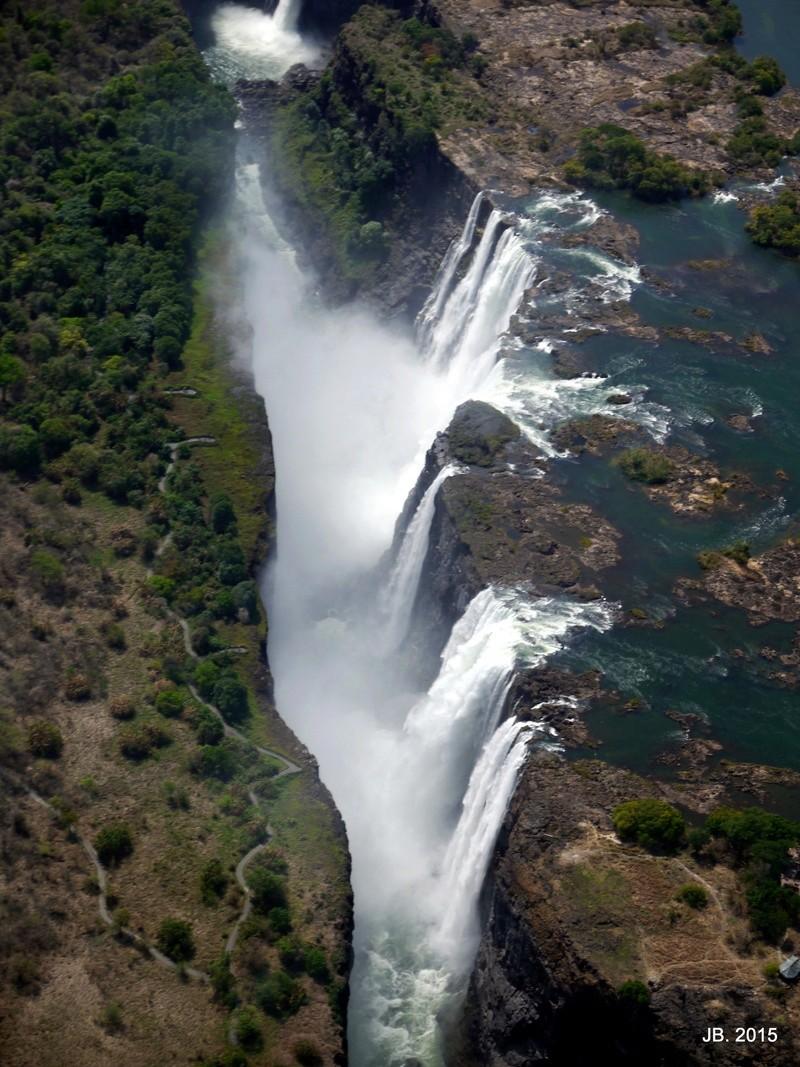 Les Chutes Victoria, au Zimbabwe P1060916