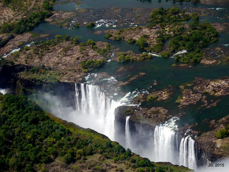 Les Chutes Victoria, au Zimbabwe P1060917