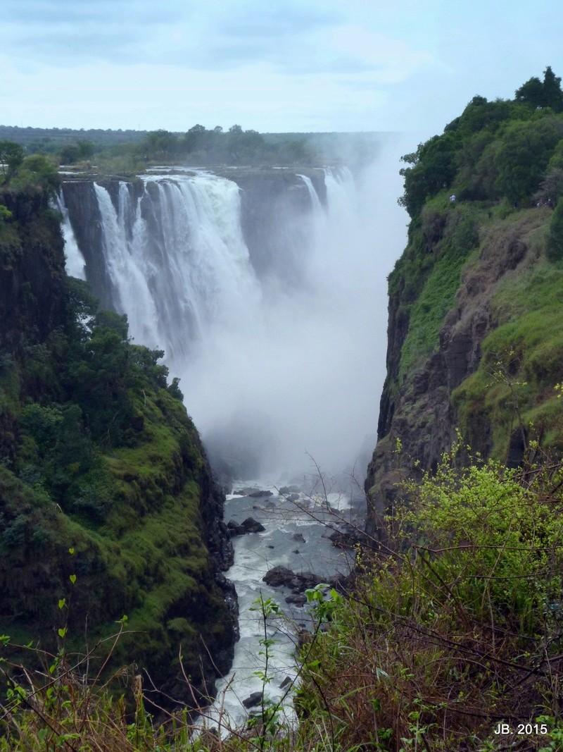 Les Chutes Victoria, au Zimbabwe P1100610