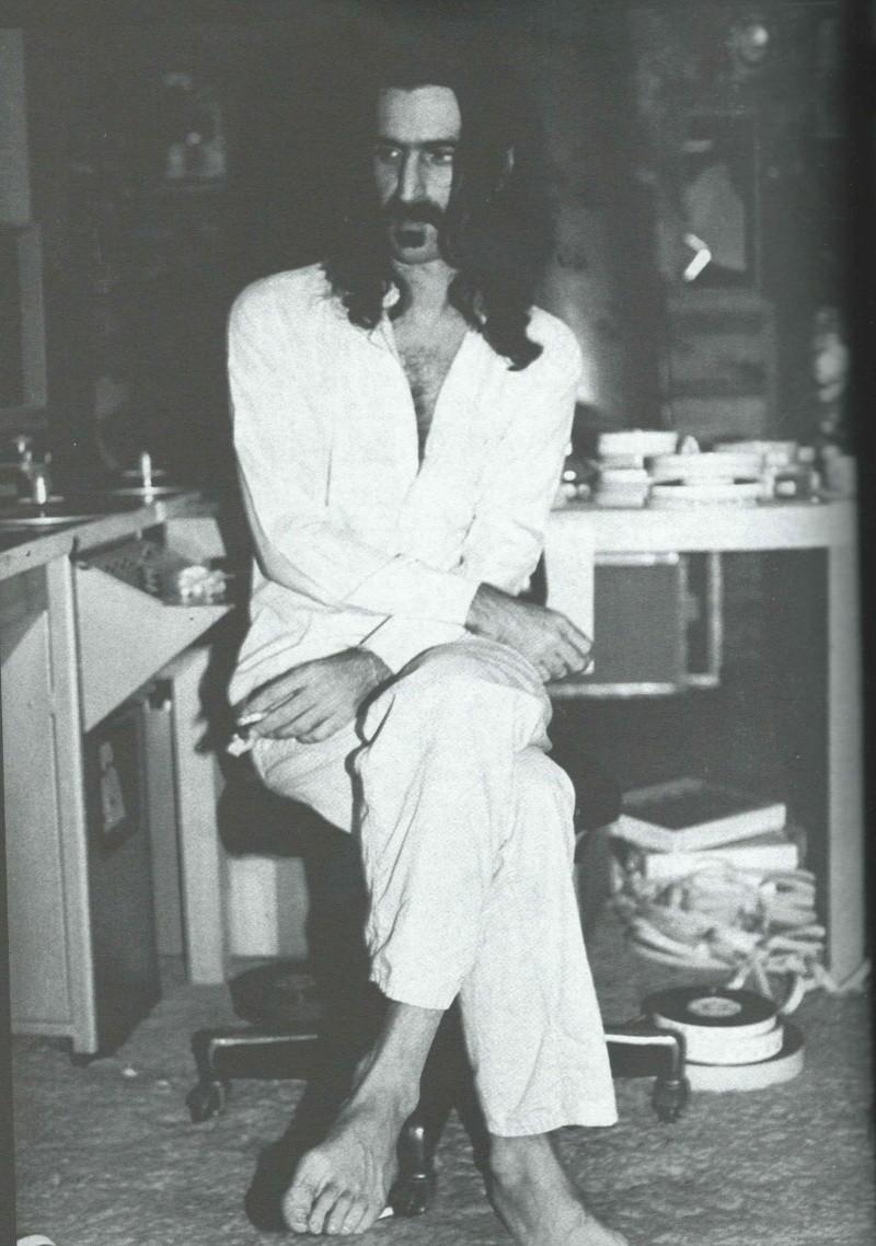 Zappa dans la presse française - Page 2 Frank_14